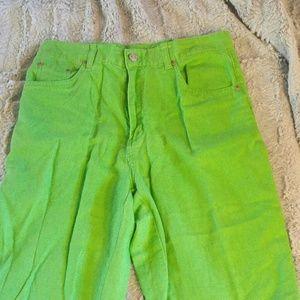 Acid green size 6 bill blass capri